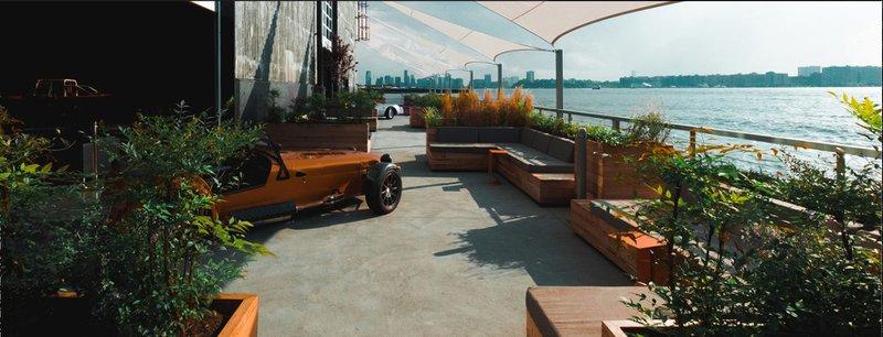 Hudson River Terrace space photo