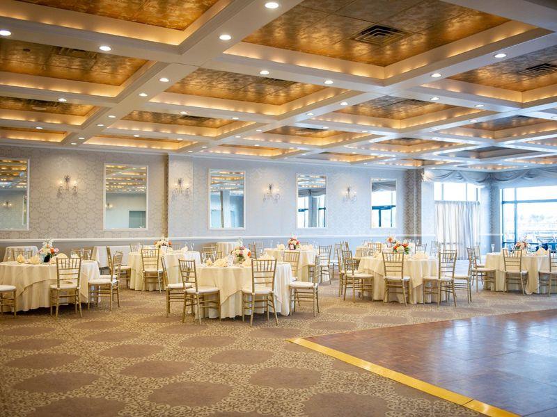 Venezia Restaurant & Waterfront Ballroom