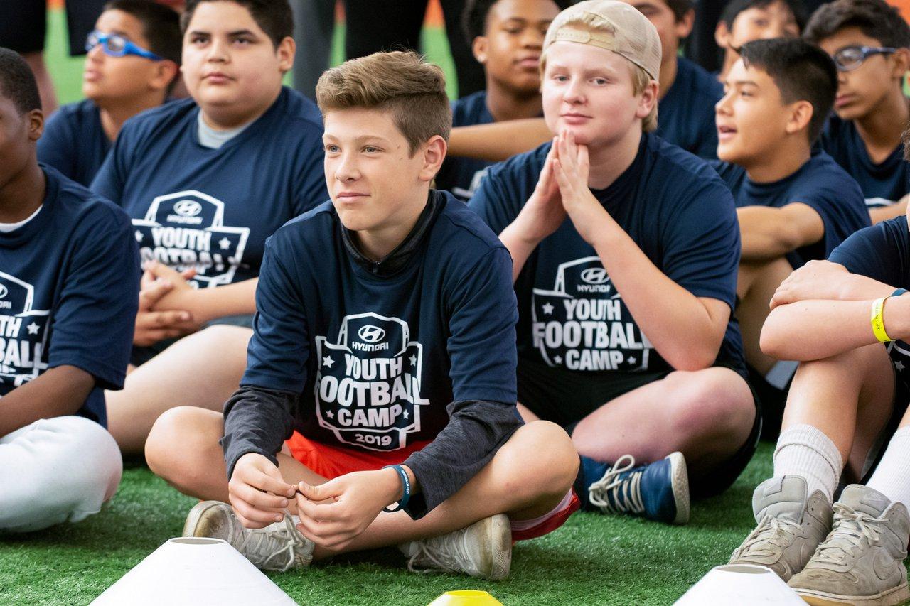 Hyundai Youth Football Camps photo OHelloMedia-Hyundai-YouthFootballCamps-Chicago-TopSelect-3754.jpg