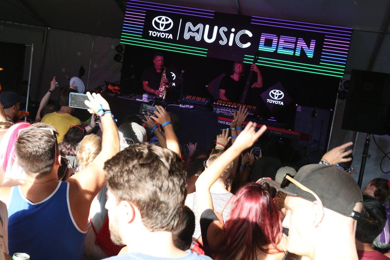 Music Den At Lollapalooza photo 45910037241_baa4d07a76_o.jpg