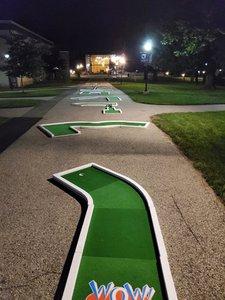 Thomas Jefferson University Welcome Week photo 9-Hole-Mini-Golf-Rental-Philadelphia.jpg