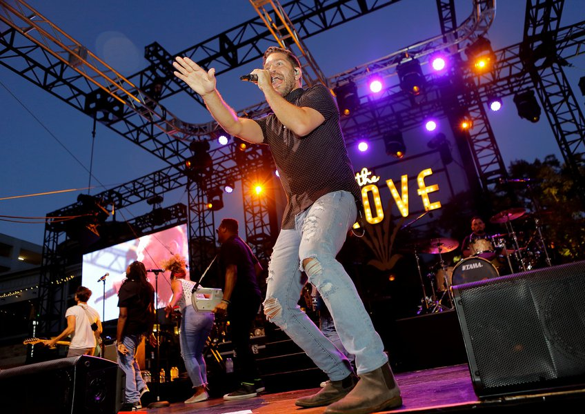 Summer Concerts at the Grove
