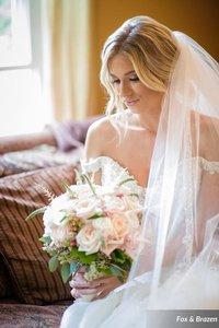 Samples of my floral designs photo Shumate_Minnick_FoxampBrazen_UncorkedStudiosMinnickWedding1075a_0_low.jpg