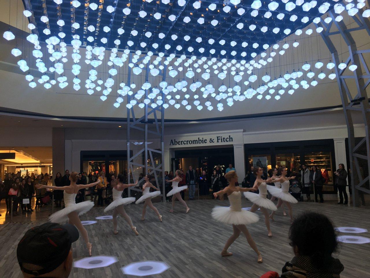 CF Love Lights photo Love Lights National Ballet 2.jpg