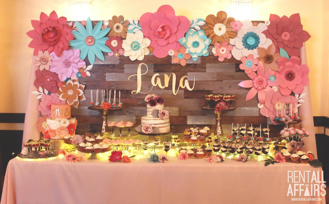 RentAll Affaris photo lana sweet table.jpg