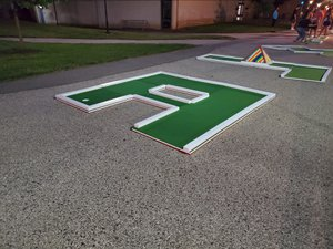Thomas Jefferson University Welcome Week photo Mini-Golf-Rental-Philly-Green-Course-Letter-H-Hole.jpg
