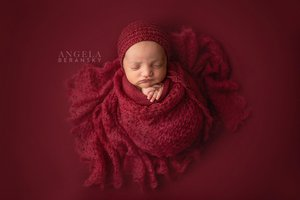 Fine art newborn photography photo 48B09BAC-2F22-41DE-AD6E-66922A42327B.jpg