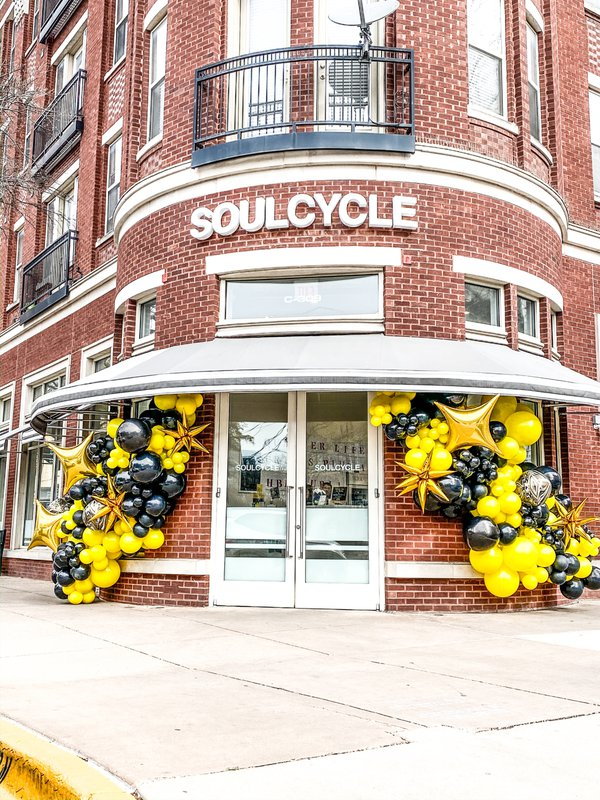 Soul Cycle Uptown Dallas Balloon Install