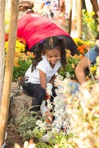 Healing Garden Volunteer Day photo Web_SS1_4264.jpg