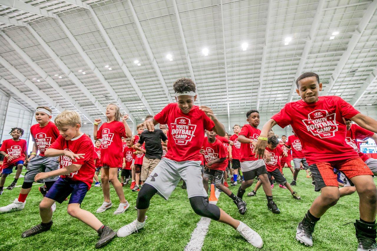 Hyundai Youth Football Camps photo OHelloMedia-Hyundai-YouthFootballCamps-TampaBay-TopSelect--39.jpg