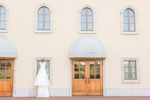 Megan & Joe's Wedding photo 43672077_2180210302294984_9025065511238500352_o.jpg
