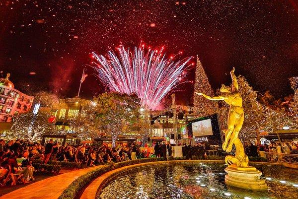 Christmas Tree Lighting cover photo
