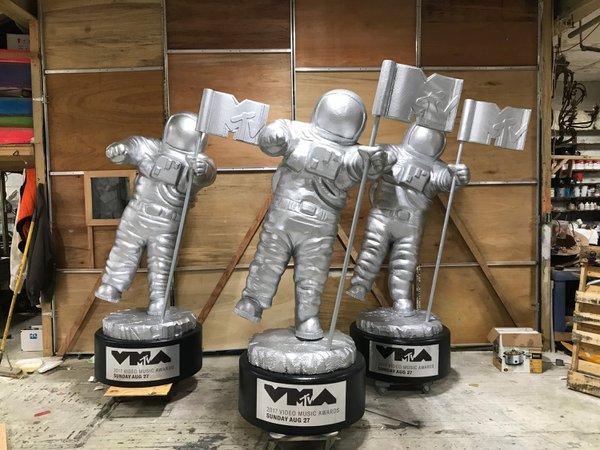 MTV VMA's Moon Men cover photo