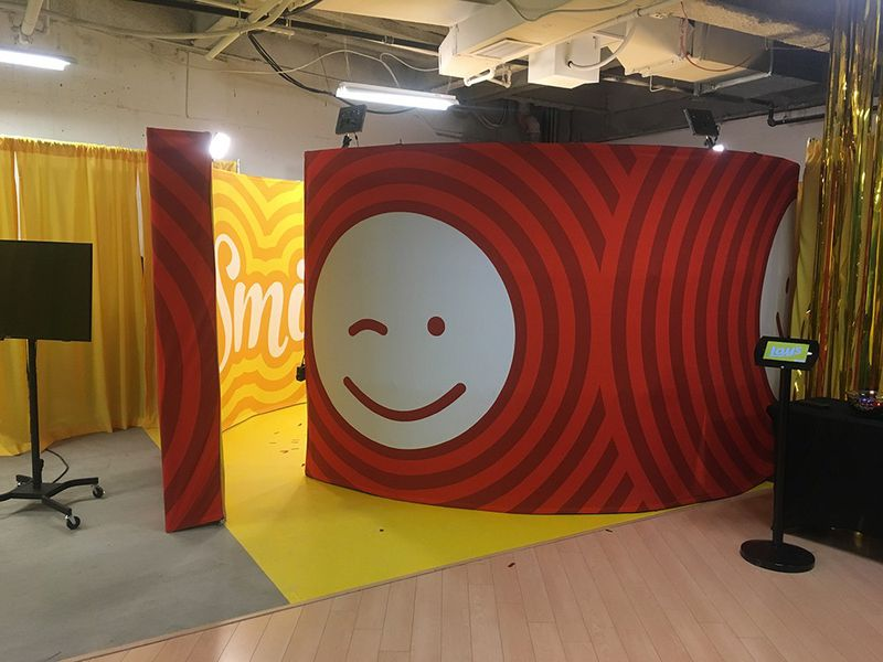 360 Video Booth - Lays Smile Booth