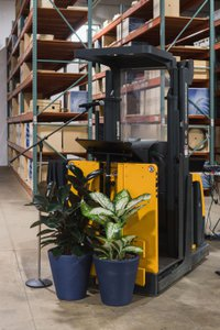 Wikus Saw 20th Anniversary photo Forklift Podium.jpg