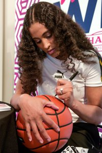 Skylar Diggins  x PUMA: Women's Win Week photo OHelloMedia-PUMA-SkylarDiggins-TopSelect-82385.jpg