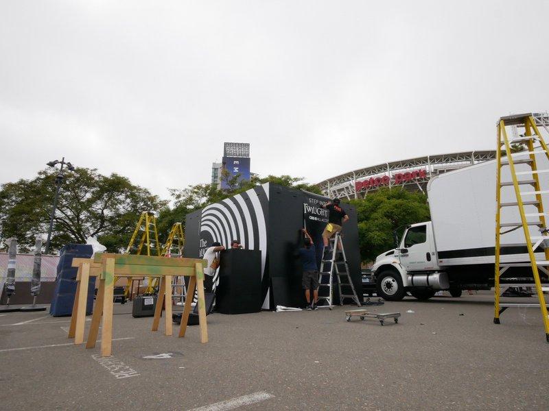 The Twilight Zone @ Comic Con photo image00009.jpg
