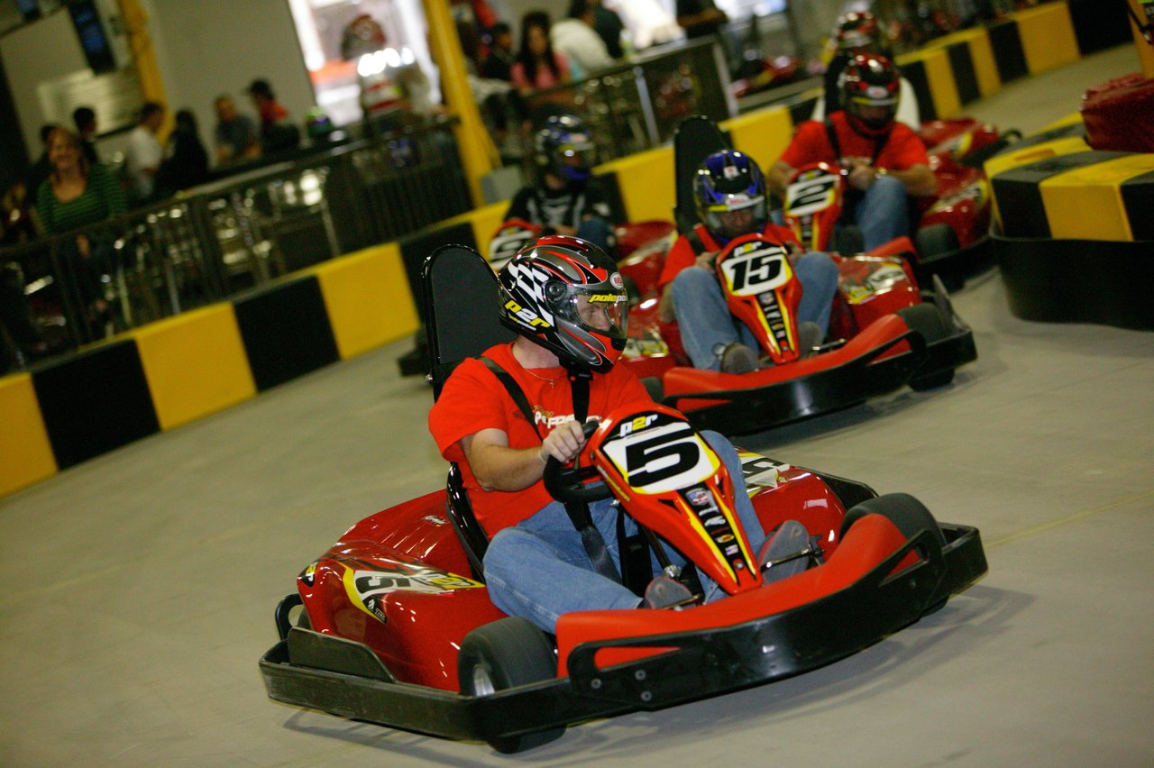 Public Indoor Go Kart Racing photo 21FX1278.jpg