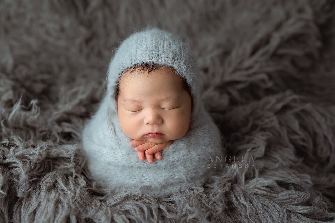 Fine art newborn photography photo 1B55A3FC-761F-489B-97CA-0C3D54AF42C3.jpg