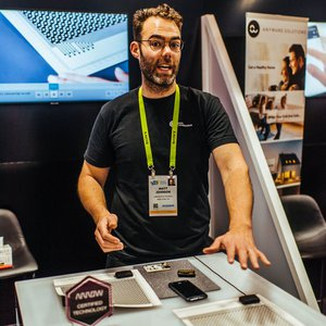 Arrow Electronics 2019 CES Activation photo 1555688911281_Arrow-CES-booth-demo.jpg