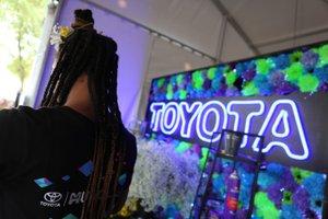 Music Den At Lollapalooza photo 45910030621_56568f58cd_o (1).jpg