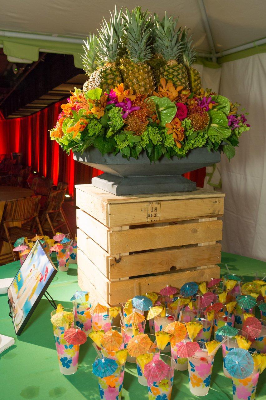 Hawaiian Holiday Party photo HA2014_Decor-51 copy.jpg