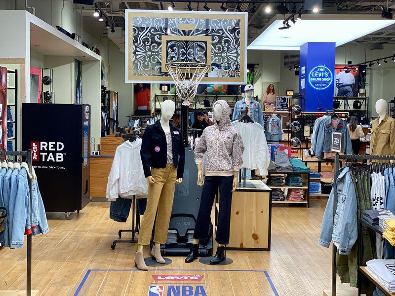 Levi's Store Activation