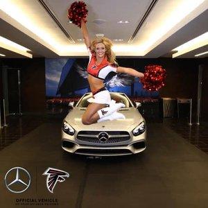 Mercedes-Benz Stadium photo Mercedes.jpg