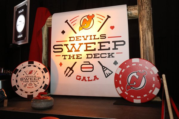 NJ Devil's Sweep The Deck- Casino Night