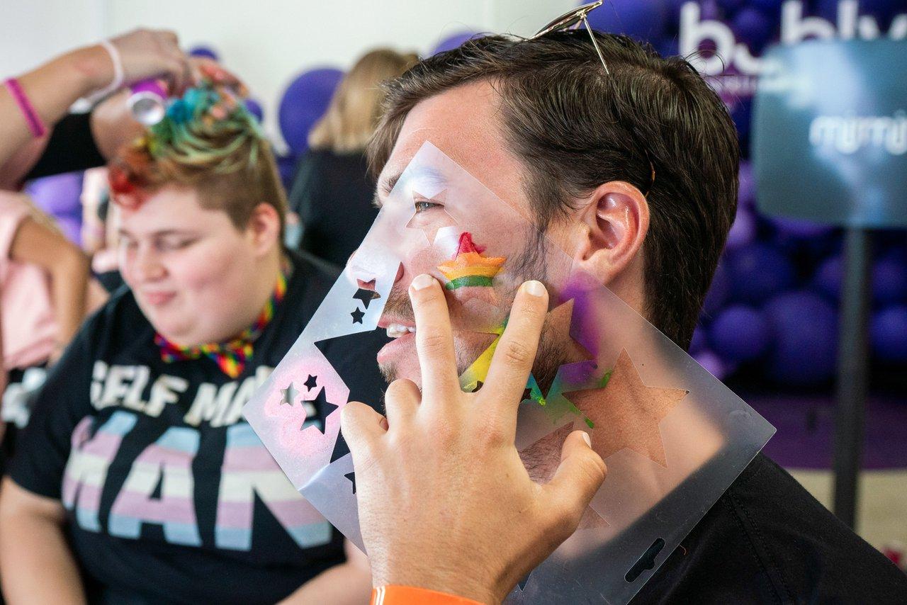 Bubly Sparkling Water at LA Pride photo OHelloMedia-BublySparklingWater-LAPrideParade-09718.jpg