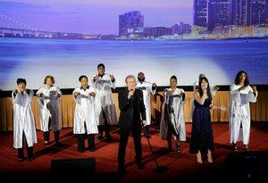 American Dream: Detroit World Premiere photo 775160124_TR_1468_2AF7D6694611A2DC1B7113093849717A-XL.jpg