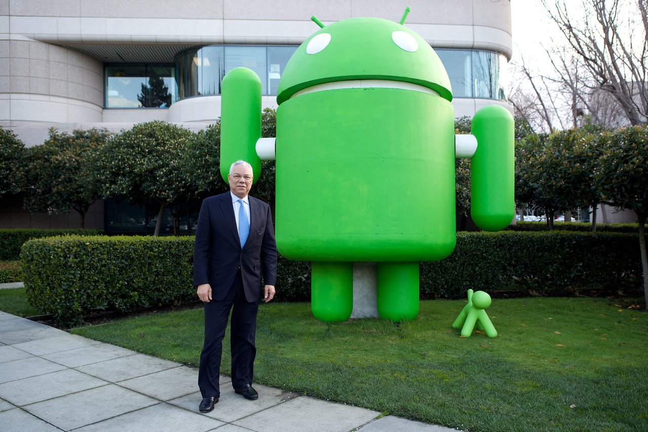 Google Headquarters -Various Androids photo Powell n Android.jpg