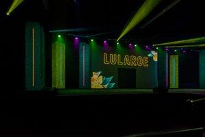 LuLaRoe VISION'19 photo Lularoe Vision 2019-185.jpg