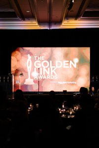 Rakuten Marketing photo 20190611_Events_RakutenDealMakerNYC_GoldenAwards-109.jpg