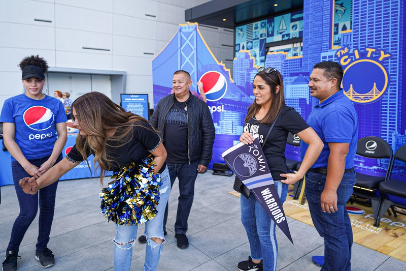 Pepsi at The Golden State Warriors Game photo OHelloMedia-Pepsi-GoldenStateWarriorsTipoff-Select-3.jpg