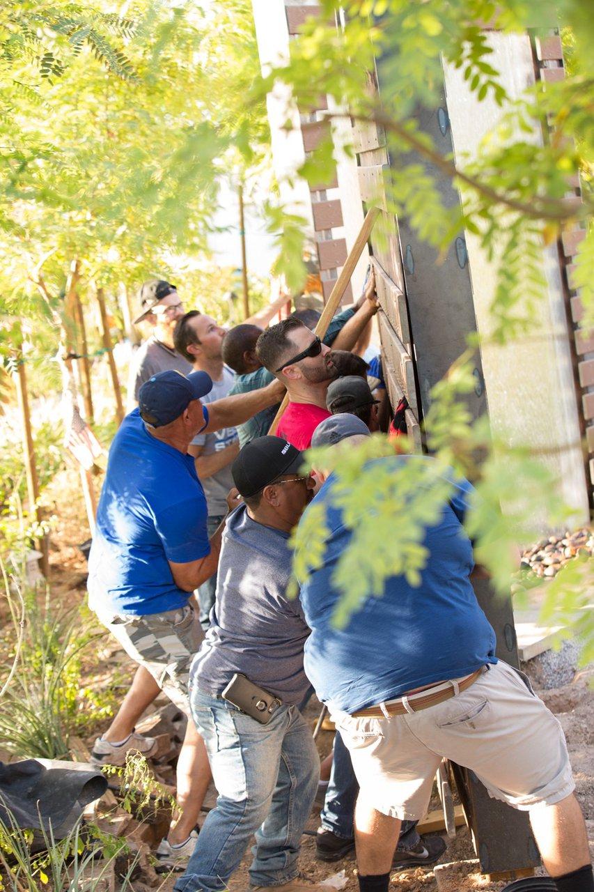 Healing Garden Volunteer Day photo Web_SS1_4039.jpg