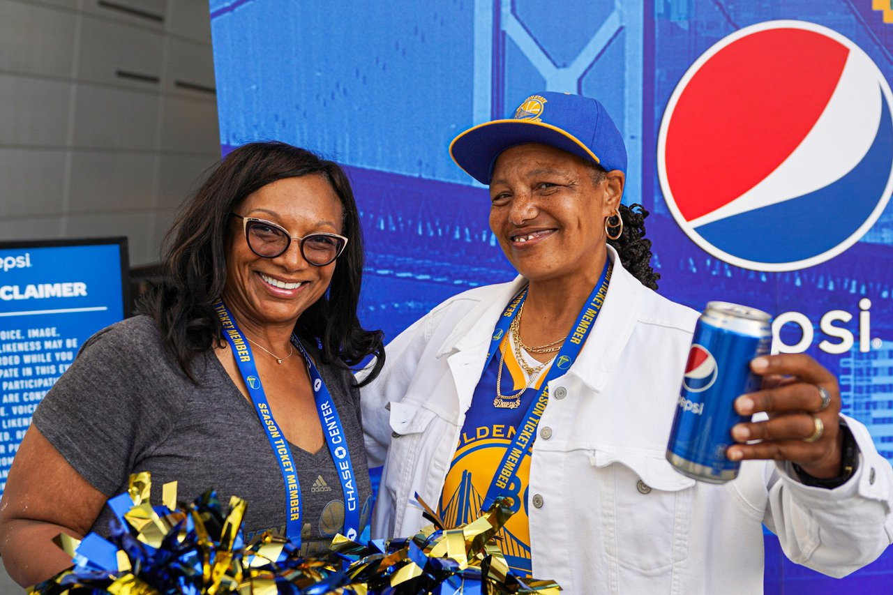 Pepsi at The Golden State Warriors Game photo OHelloMedia-Pepsi-GoldenStateWarriorsTipoff-Select-14.jpg
