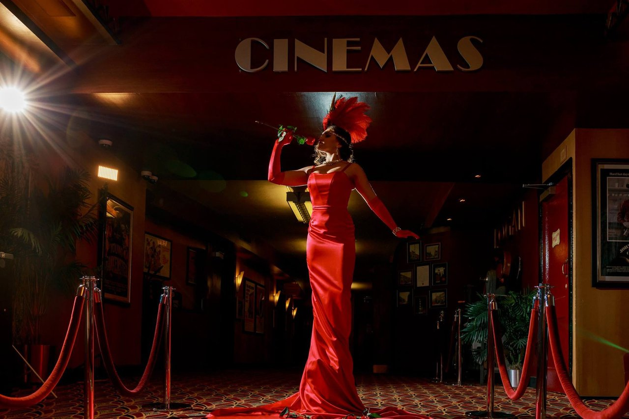 Vaudeville Art Deco Shoot photo 19983305_10102411270192221_4794026801459640210_o.jpg