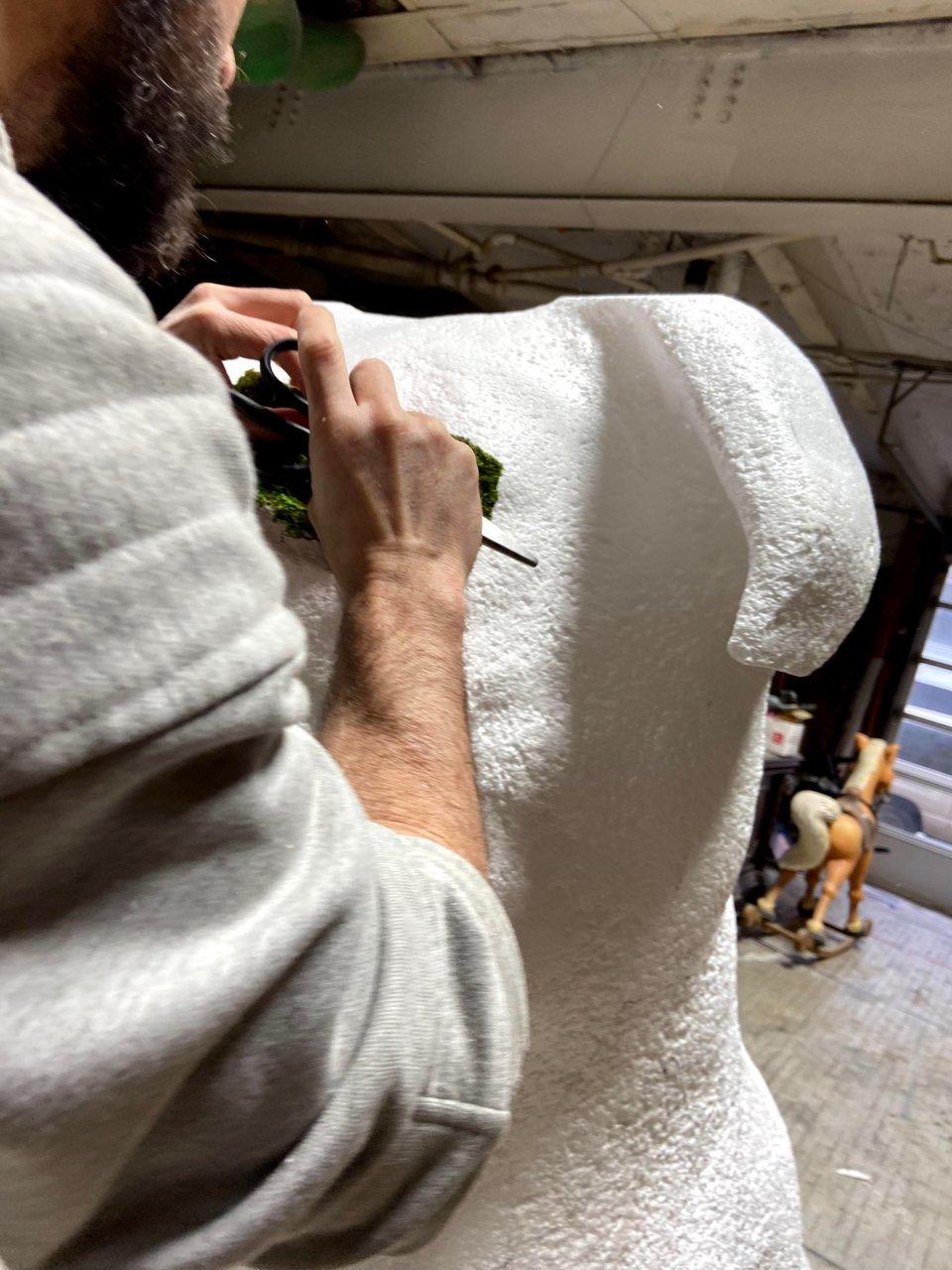 Fomo - 8 ft. Topiary Dog Sculpt photo 1E72961E-D835-4C48-926C-377D249812CD.jpg