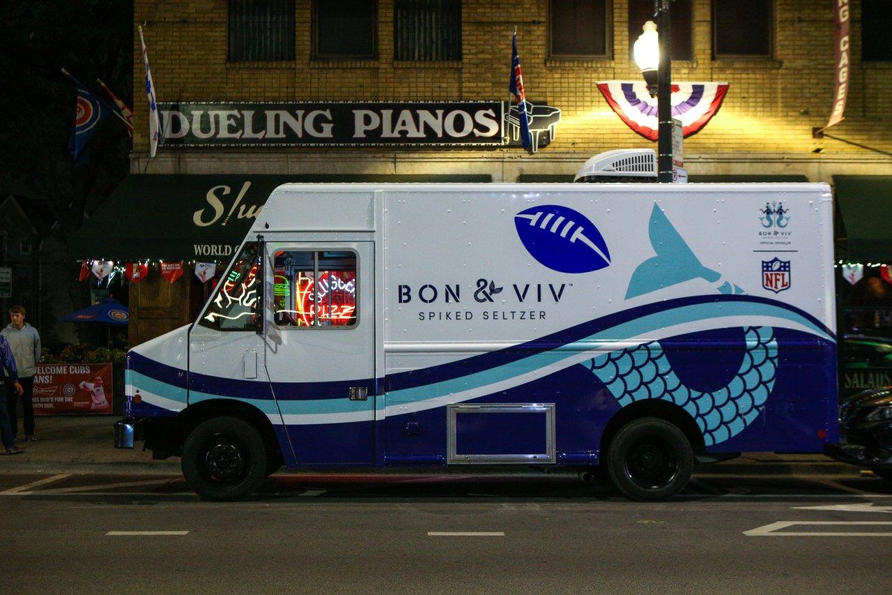 Bon + Viv Chicago Takeover photo OHelloMedia-Bon&Viv-NFLKickoff-Bon&VivTruck-00439.jpg