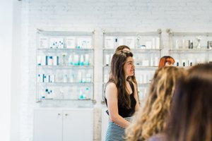 Clean Make Up Artists at Beauty Counter photo 20190609_Events_CleanBeautyArtistsClass-10.jpg