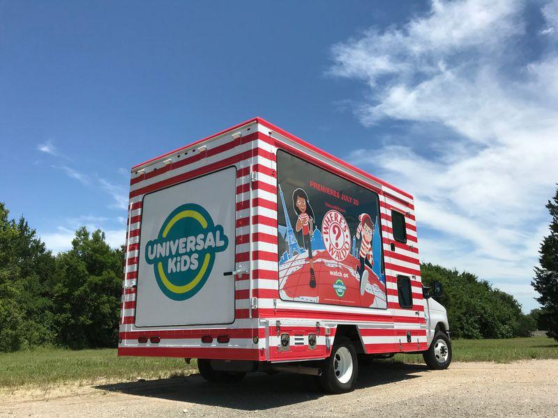 Universal Kids: Wanding Waldo Tour
